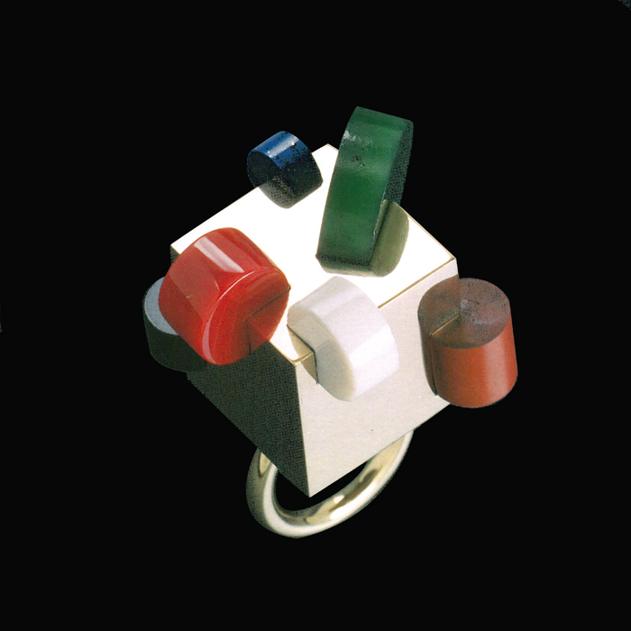 Ring E. Sottsass 1985