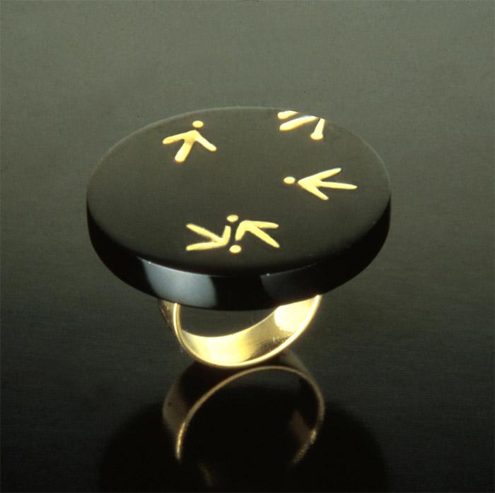 Ring Meret Oppenheim 1985